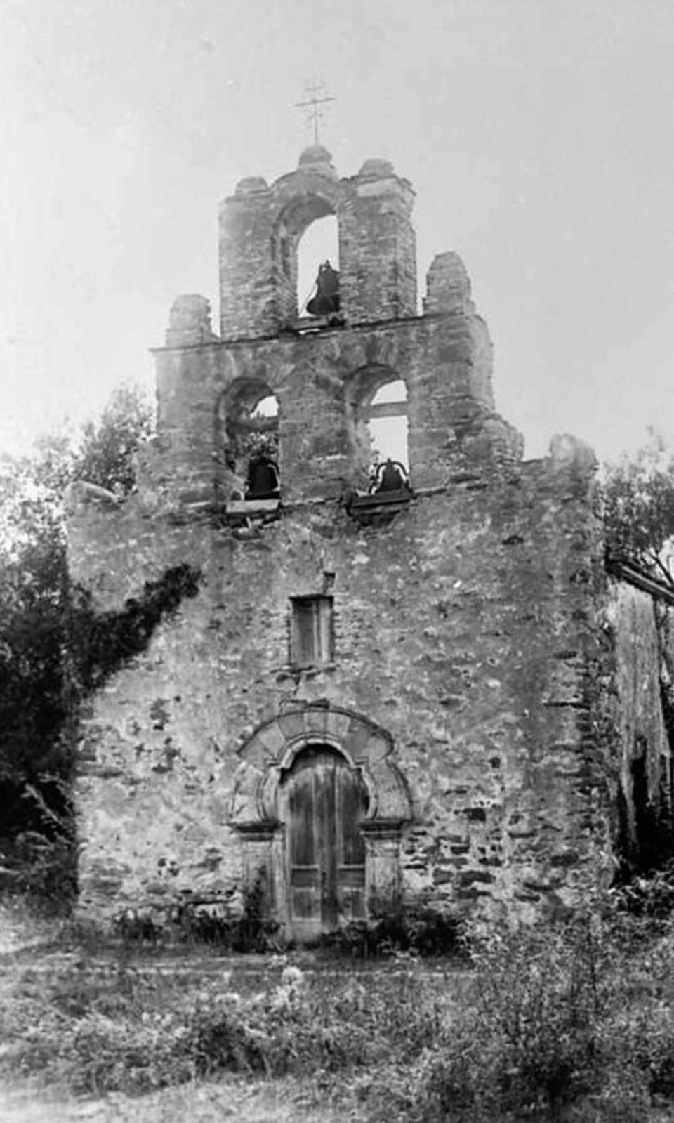 Historic 1902 photograph of Mission Espada, from San Antonio Conservation Society's Ernst Rabb collection.