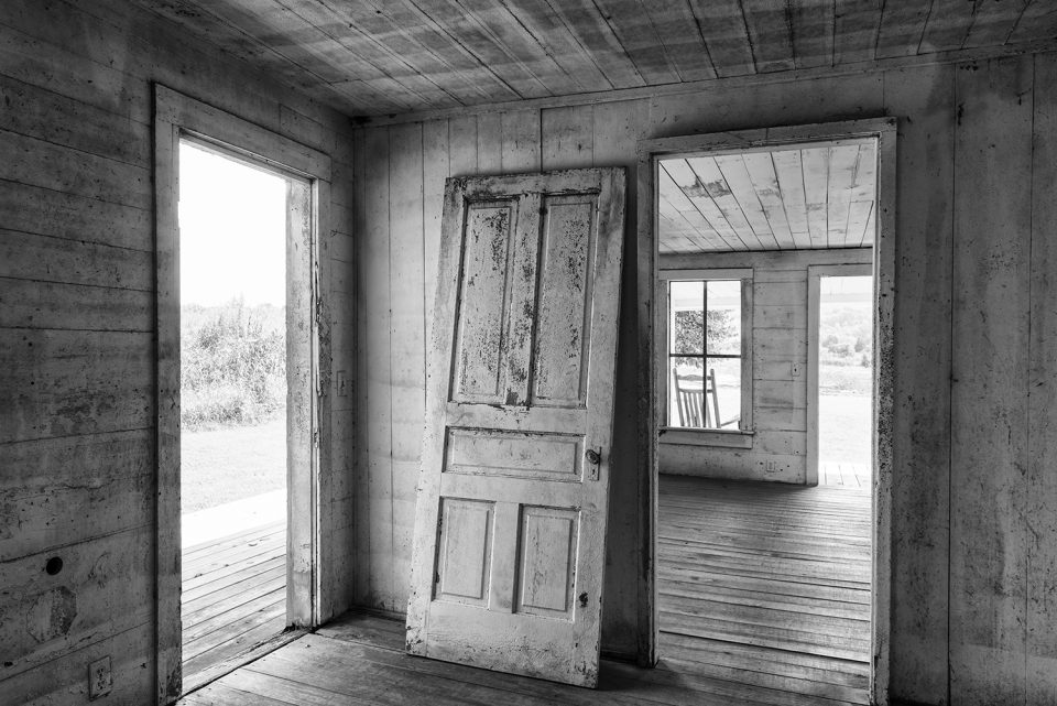 Interior photograph of an abandoned farmhouse by Keith Dotson