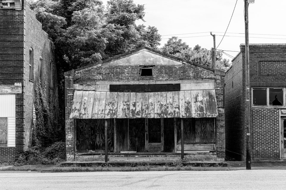 Black and white photo of Williams Grocery in Pamplin City, Virginia.