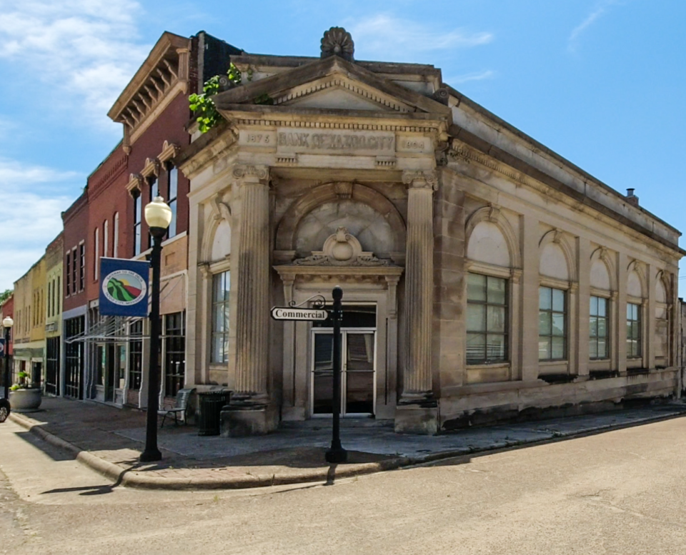 Old Bank of Yazoo City, built 1904 on South Main Street in Yazoo City, Mississippi.