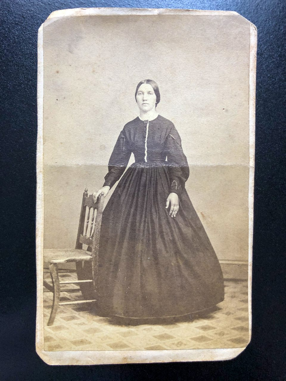 Unidentified woman photographed by the studio of Evans & Prince in York, Pennsylvania between 1864 and 1866. Can you identify her?
